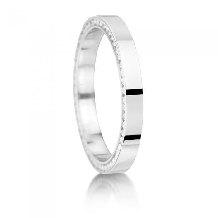 Side set round diamond wedding rings junglespirit Gallery